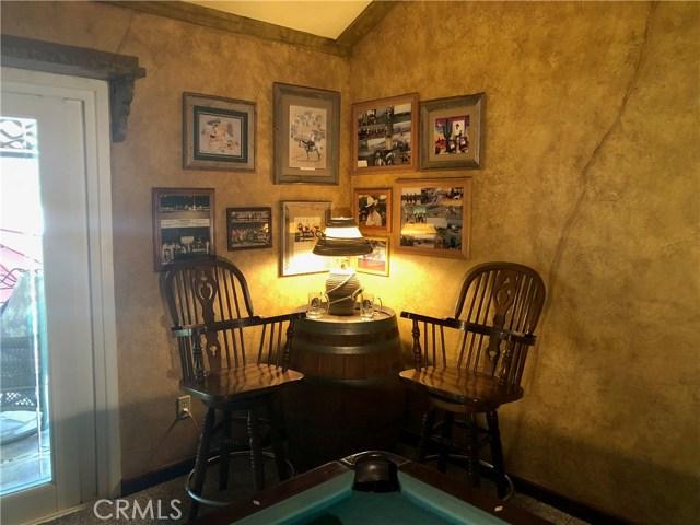 5537 Deer Creek Lane, Rancho Cucamonga CA: http://media.crmls.org/medias/1b6d1de0-3514-40e5-b16e-431f5daa1c6d.jpg