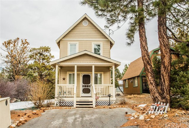 Single Family Home for Sale at 157 Los AngelesRoad Big Bear City, California 92314 United States