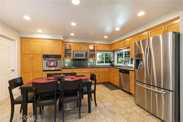 310 N Redrock Street, Anaheim CA: http://media.crmls.org/medias/1b706360-1837-4cb6-a805-f842e2fbc5ad.jpg