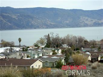 375 LAKEVIEW DRIVE, Lakeport CA: http://media.crmls.org/medias/1b782bc2-980a-4541-a336-79497550284b.jpg