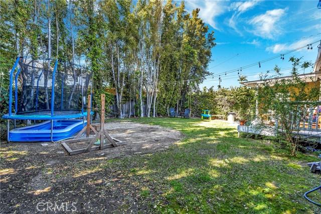 2133 Orange, Costa Mesa CA: http://media.crmls.org/medias/1b7d0a8e-d2cf-4a02-923b-02e362894bb1.jpg