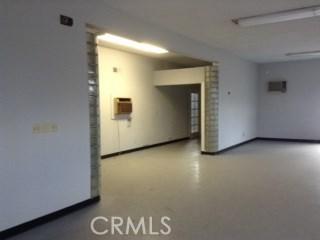 980 Holt W Avenue, Pomona CA: http://media.crmls.org/medias/1b868ddb-ca65-4426-807c-a5dd67e1e1c3.jpg