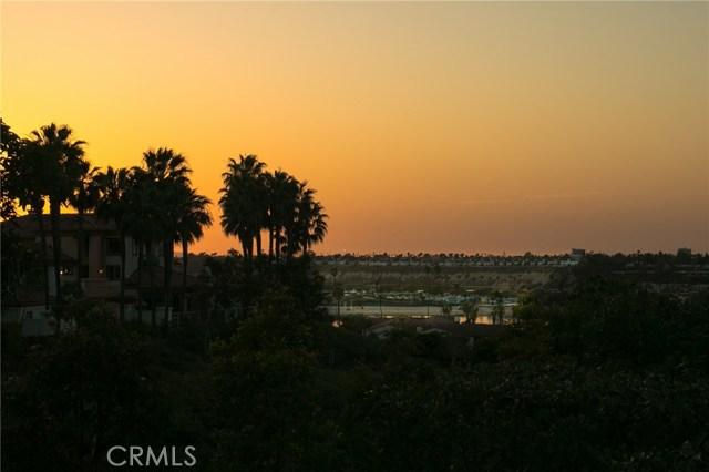 202 Villa Point Drive Newport Beach, CA 92660 - MLS #: NP18079474