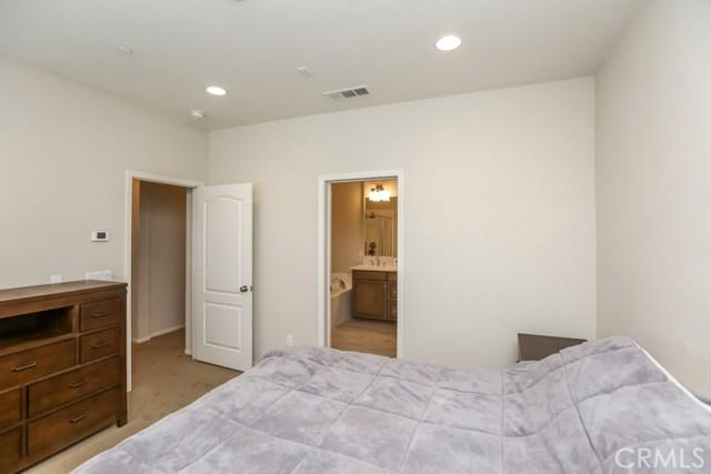 1895 ORIZABA Avenue Unit 102 Signal Hill, CA 90755 - MLS #: PW18085581