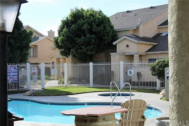 220 E Grant Street, Santa Maria CA: http://media.crmls.org/medias/1ba4f2ea-b5eb-4823-adaa-39865ece9b4f.jpg
