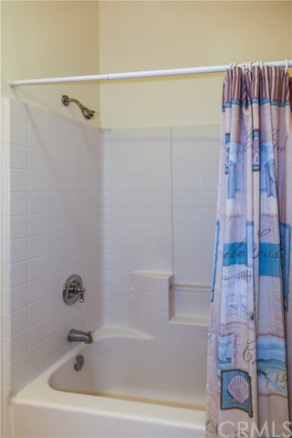 18611 Park Ridge Lane, Huntington Beach CA: http://media.crmls.org/medias/1bb3723a-634e-4549-a47e-7ab0f58e7cc4.jpg
