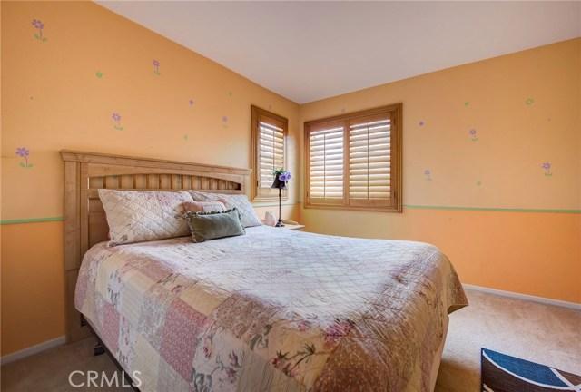 3632 Alhambra Lane, Perris CA: http://media.crmls.org/medias/1bbad2fd-a04c-4226-a9e0-9168e2422d84.jpg