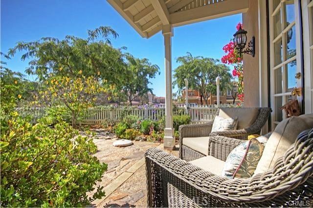 14 El Corazon, Rancho Santa Margarita CA: http://media.crmls.org/medias/1bbd638d-682b-4a76-99ff-6371771fcc9d.jpg