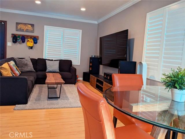 1268 W 187th Place, Gardena CA: http://media.crmls.org/medias/1bbf5cb6-7829-4f25-a109-534a05b0b7c8.jpg
