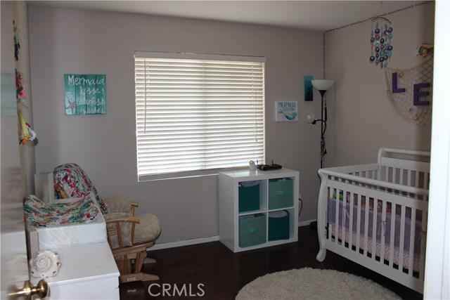13673 Basswood Drive, Corona CA: http://media.crmls.org/medias/1bd47132-8328-4770-b4f7-64626b12681a.jpg