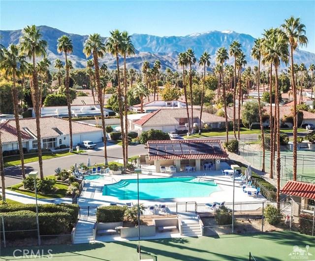 59 Sierra Madre Way, Rancho Mirage CA: http://media.crmls.org/medias/1bd55ad8-b754-4671-ac34-ccb81f8b683e.jpg