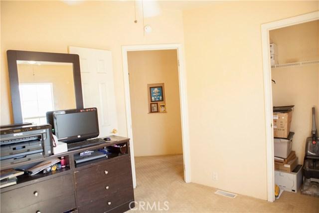 7887 lampson Avenue, Garden Grove CA: http://media.crmls.org/medias/1be0215a-2b49-4e3e-a9a3-6d8e629b03e2.jpg