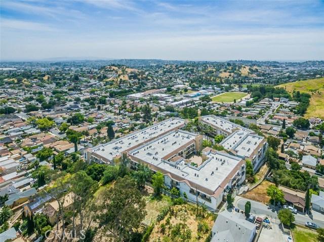 4760 Templeton Street, Los Angeles CA: http://media.crmls.org/medias/1be8e842-a65d-4d8a-9d0c-4688dee3c9c3.jpg