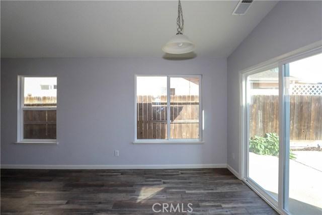 2432 N Drake Avenue, Merced CA: http://media.crmls.org/medias/1be951e0-f925-47e0-945b-2f579ff9b237.jpg