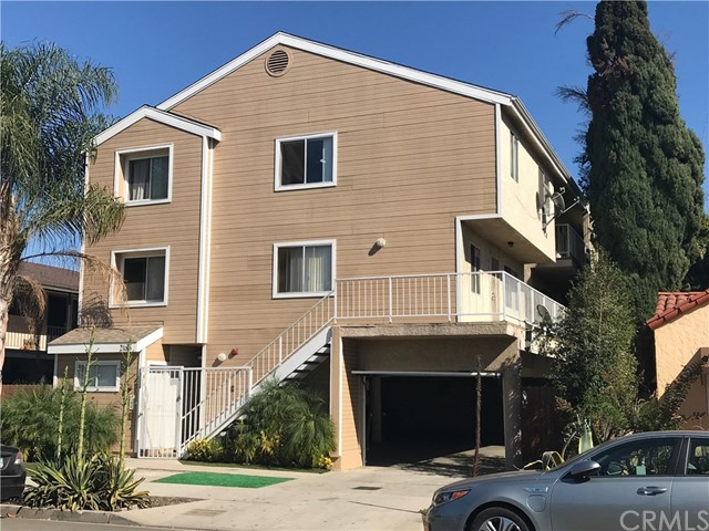 Residential Income for Sale at 2166 Chestnut Avenue 2166 Chestnut Avenue Long Beach, California 90806 United States