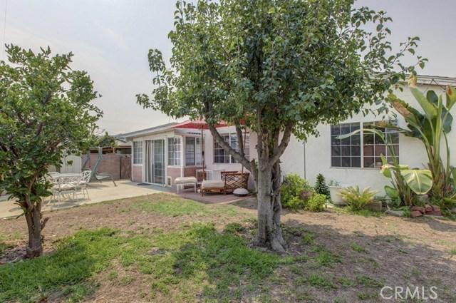 11333 Farndon Street, South El Monte CA: http://media.crmls.org/medias/1bf724c7-f919-49f8-818d-748ecb587652.jpg
