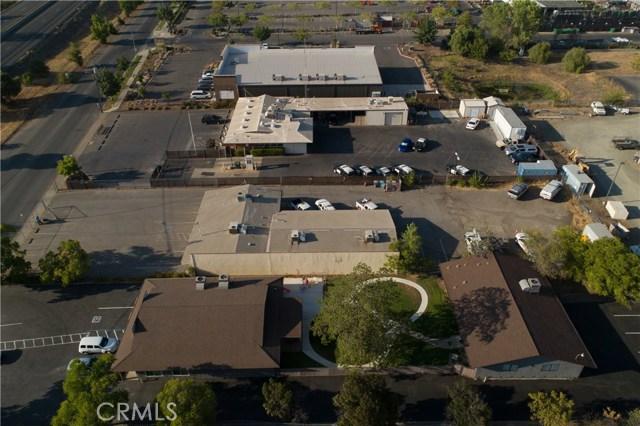 2060 3rd Street, Oroville CA: http://media.crmls.org/medias/1bfb8e33-78e5-4bbd-85d4-2b79395c40aa.jpg