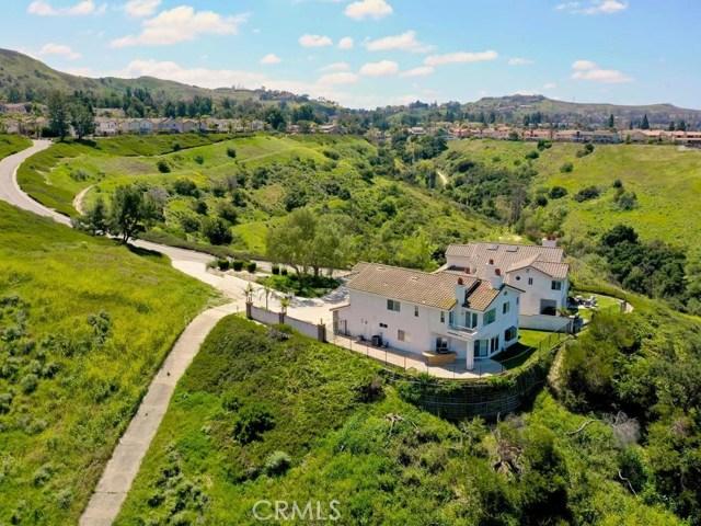 Photo of 1001 S Mountvale Court, Anaheim Hills, CA 92808
