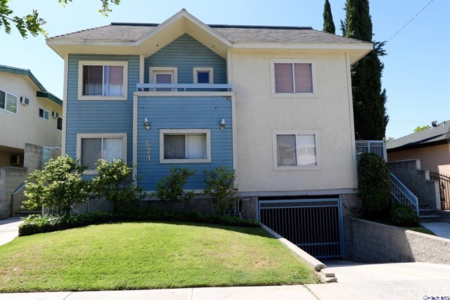 Townhouse for Sale at 624 Milford Street Unit 4 624 Milford Street Glendale, California 91203 United States