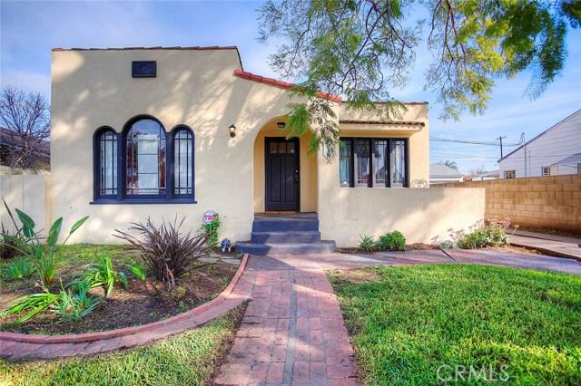 Single Family Home for Sale at 1019 Hickory Street Santa Ana, California 92701 United States
