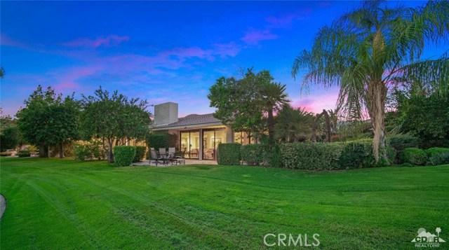4 Exeter Court, Rancho Mirage CA: http://media.crmls.org/medias/1c3e9fc9-7c4b-4668-9005-74fcd079b875.jpg