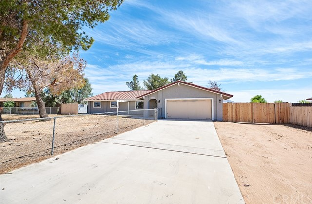 22257 Lone Eagle Road Apple Valley CA 92308