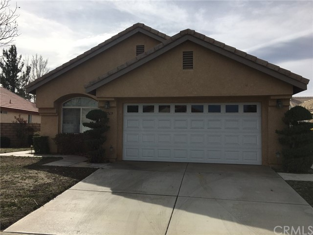 Single Family Home for Rent at 19569 Saint Andrews Way Apple Valley, California 92308 United States