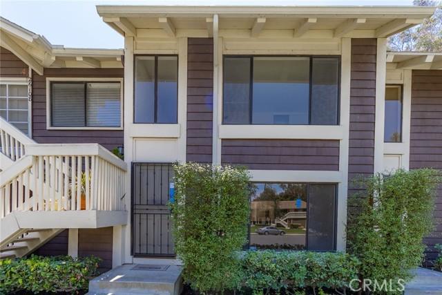 26106 Hillsford Place, Lake Forest CA: http://media.crmls.org/medias/1c4a7652-006d-4313-8a39-7c9e6c6429ea.jpg