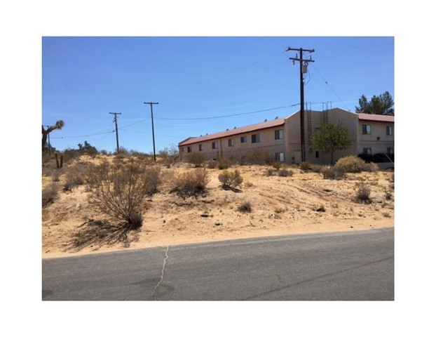 0 Potamoc Road Apple Valley, CA 0 - MLS #: SB17226979