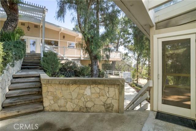 18 Ranchview Road, Rolling Hills Estates CA: http://media.crmls.org/medias/1c50454b-ead7-4741-9b2a-f1319e5a2f63.jpg