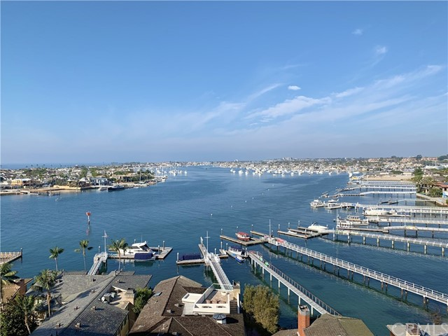 Photo of 221 Carnation Avenue, Corona del Mar, CA 92625