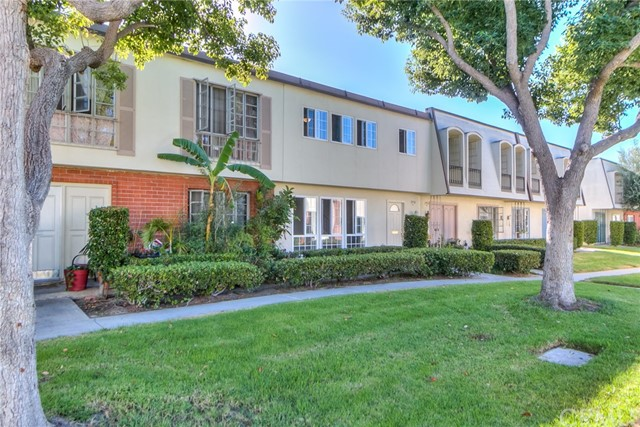 1950 W Glenoaks Av, Anaheim, CA 92801 Photo 3