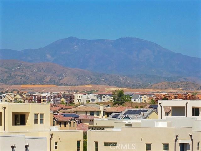 761 Beacon, Irvine CA: http://media.crmls.org/medias/1c59459f-d91b-4207-8c66-60458d394607.jpg