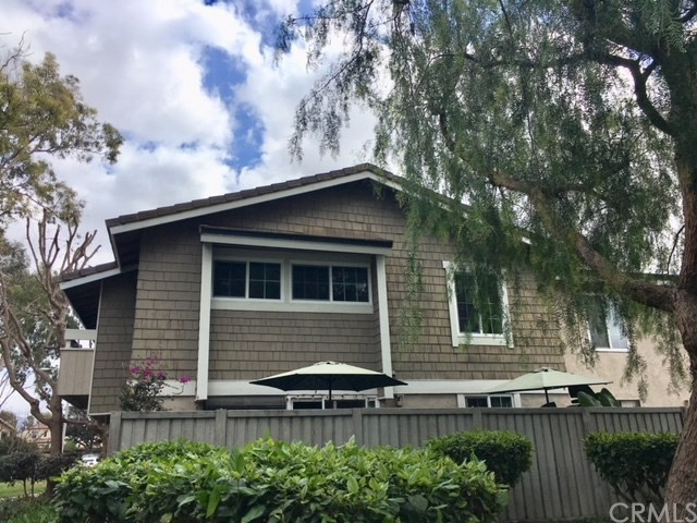 32 Streamwood, Irvine, CA 92620 Photo 2