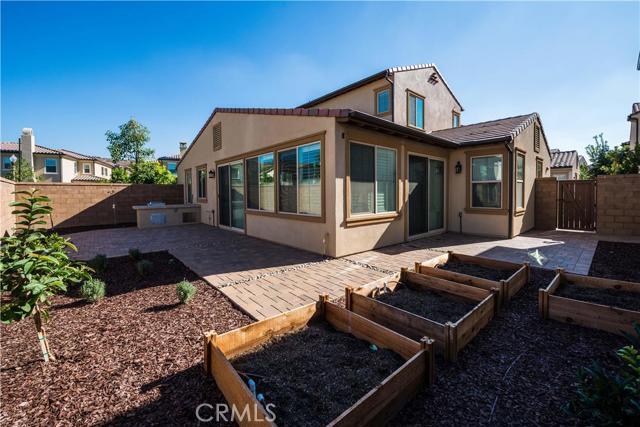 206 Desert Bloom, Irvine CA: http://media.crmls.org/medias/1c5e7443-3696-4824-beb0-ca1eec7c3ab3.jpg