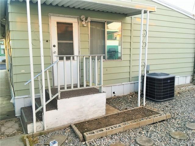 12680 4th Street, Yucaipa CA: http://media.crmls.org/medias/1c62086c-609f-45cb-b82d-dcdde0c0e353.jpg