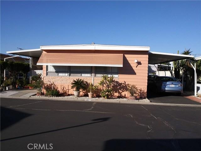 323 N Euclid Street, Santa Ana CA: http://media.crmls.org/medias/1c6260ba-7ddc-48d9-ba70-cca88b13a522.jpg