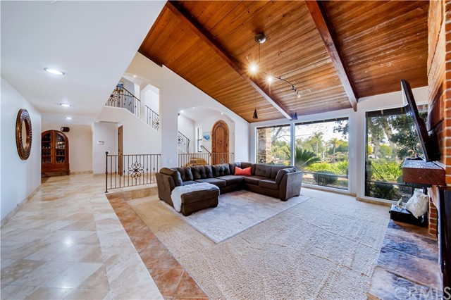 Detail Gallery Image 1 of 35 For 3119 Quiet Hills Pl, Escondido,  CA 92029 - 5 Beds   1/2 Baths