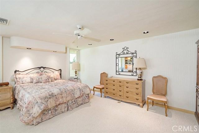 42 Lafayette Drive, Rancho Mirage CA: http://media.crmls.org/medias/1c70e2c8-30d7-4257-840c-3a5715761a72.jpg