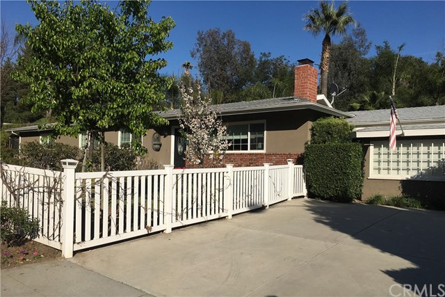 Single Family Home for Sale at 930 Seco Street Pasadena, California 91103 United States