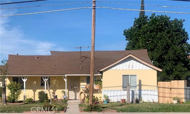1631 W Valencia Drive, Fullerton CA: http://media.crmls.org/medias/1c7763e8-0afa-4e96-aeea-65d17e82e5b6.jpg