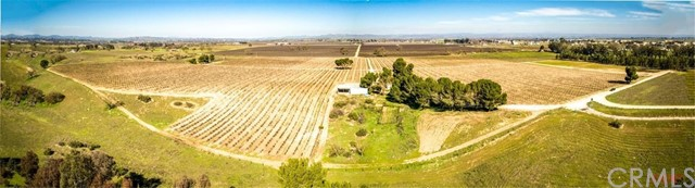 Property for sale at 2310 Dry Creek Road, Paso Robles,  CA 93446