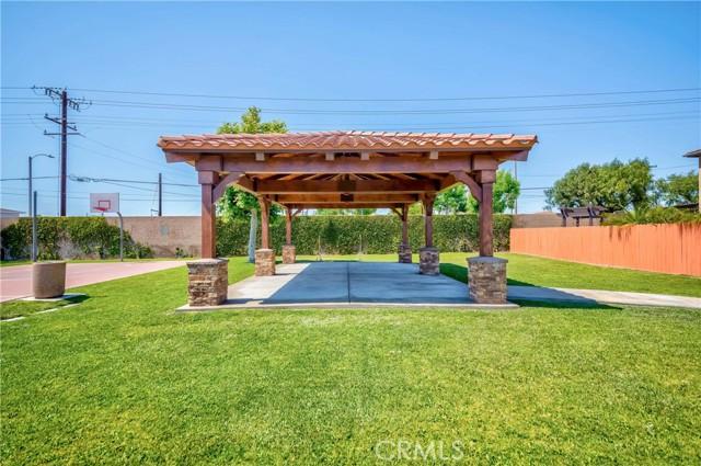 22815 Baywood Drive, Carson CA: http://media.crmls.org/medias/1cc108f8-0713-463b-b660-6df5a5dd3754.jpg