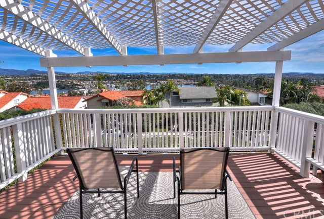 Single Family Home for Sale at 22802 Buendia Mission Viejo, California 92691 United States