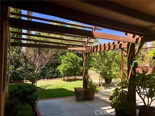 2190 Cordillera Avenue, Colton CA: http://media.crmls.org/medias/1cd9d0e7-d28f-4e29-9bd7-83528a23d6ab.jpg