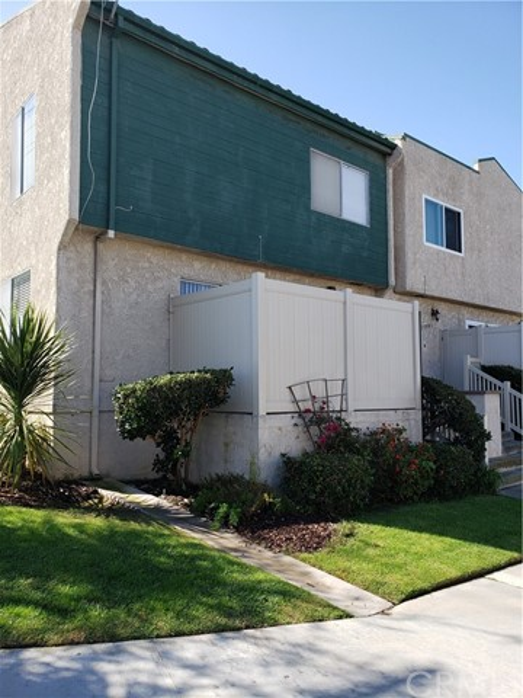 23903 Arlington Ave, Torrance, CA 90501