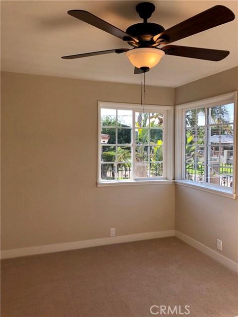 2281 W 2nd Avenue, San Bernardino CA: http://media.crmls.org/medias/1cf390da-0d9b-4ce0-a5db-3c5f95a3a5ac.jpg