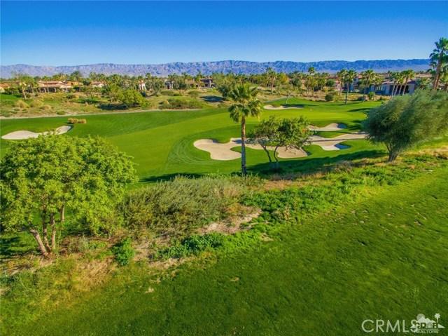 Photo of home for sale at 76 Via Montecito, La Quinta CA