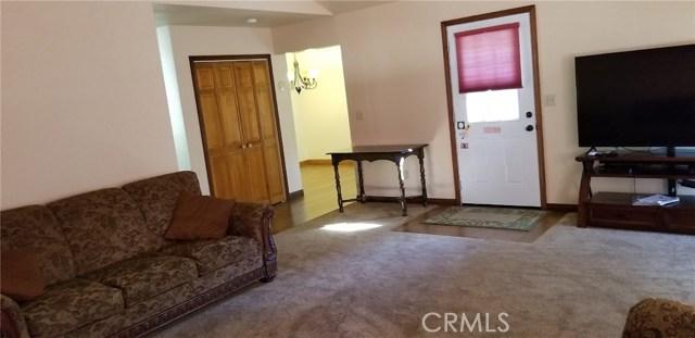 39900 LAKEVIEW Drive, Big Bear CA: http://media.crmls.org/medias/1cfcb72c-2d67-4228-8fe3-2e93864037a0.jpg