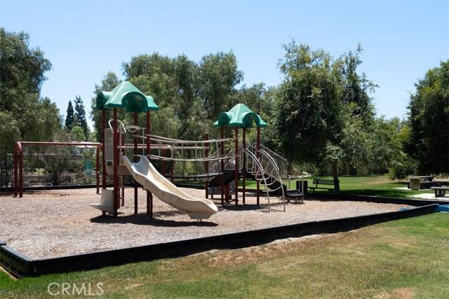 24392 Acaso, Laguna Hills CA: http://media.crmls.org/medias/1cfd9ecf-33d0-414f-b8e1-71c0c4b79e39.jpg